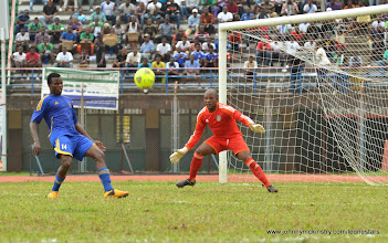 Photo: Leone Stars putting the Swaziland keeper under pressure [Leone Stars v Swaziland 31 May 2014 (Pic: Darren McKinstry)]