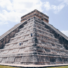 Chichen-Itzá by Valentina Cantera - Buildings & Architecture Public & Historical ( rock, mexico, stairs, pyramid, stairway, rivera maya, staircase, steps, maya, stone )