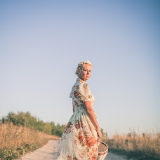 Wedding photographer Olya Vodolazhnaya (Dronova). Photo of 22.09.2014
