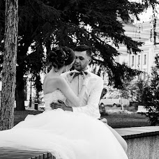 Wedding photographer Viktoriya Pavlovskaya (vika0103). Photo of 12.08.2017