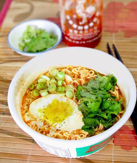 Instant Ramen Bowl Noodles