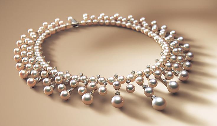add16ffec832 El esplendor del mar  el cultivo de las perlas japonesas. ~ Tokyo ...