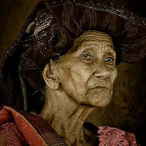 Nini Tudung  by Joey Bangun - People Portraits of Women ( face, pwc faces, people )