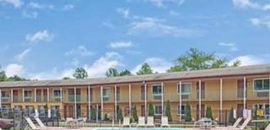 Days Inn and Conference Center Branford