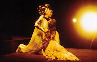 "Photo: Ortrun Wenkel  als Waltraute in ""Götterdämmerung"" am Grande Théâtre de Genève  Jean-Claude Riber / Berislav Klobucar"