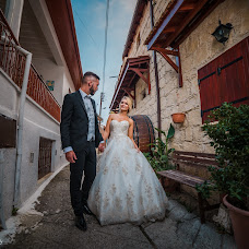 Wedding photographer Alexandru Macelaru (AlexandrCY). Photo of 28.10.2017