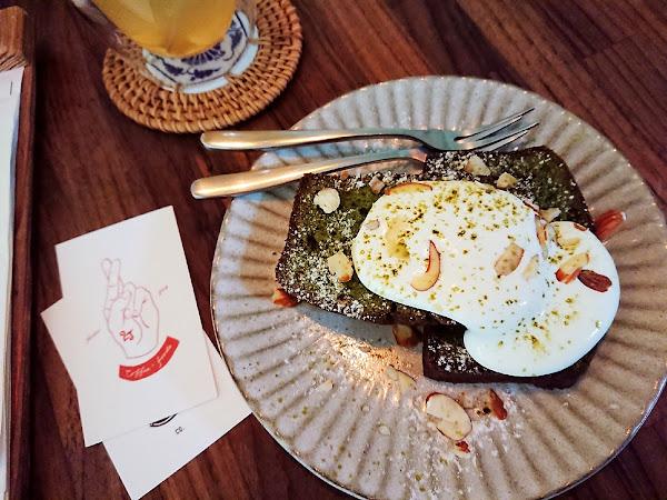 2J CAFE:老宅文青新氣象 超人氣不限時咖啡館-台北大安森林公園 Kao空食客
