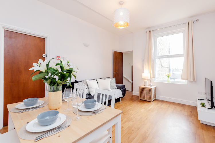 living space at WelcomeStay - Clapham Junction