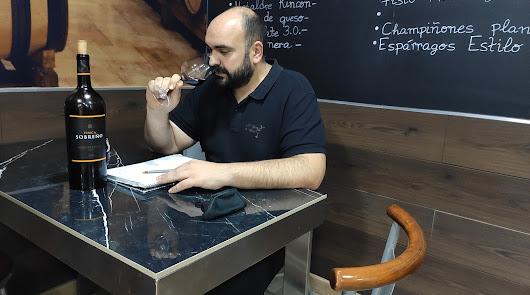 El Rincón de Manolo, un bar de vinos diferente en Almería