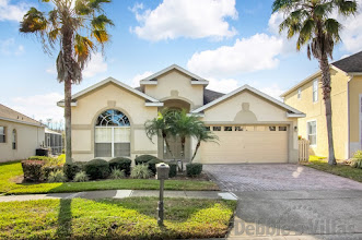Orlando villa, west-facing private pool, woodland view, games room, close to Disney