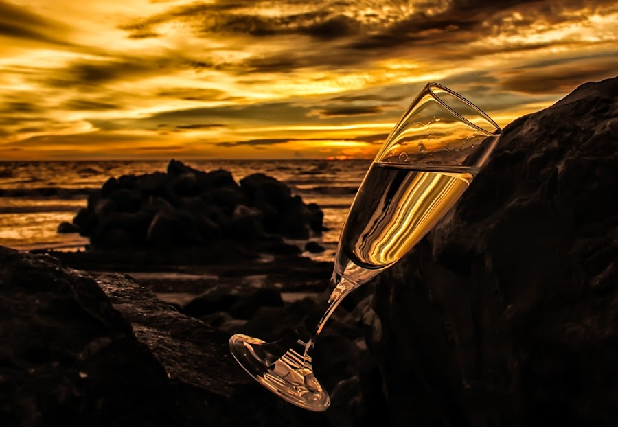 by Mohd Jahari - Artistic Objects Glass ( champagne glasses )