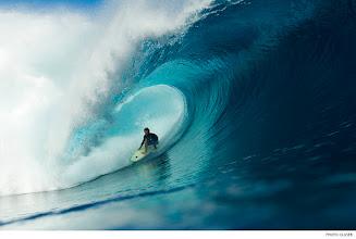 Photo: Shaun Woolnough, Cloudbreak. Photo: Glaser #waterphotography #surferphotos