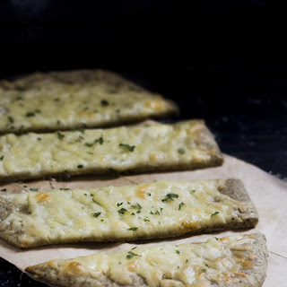 Za'atar Flatbread, Zaatar filled flatbread cheese