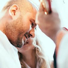 Wedding photographer Magdalene Kourti (kourti). Photo of 21.01.2014