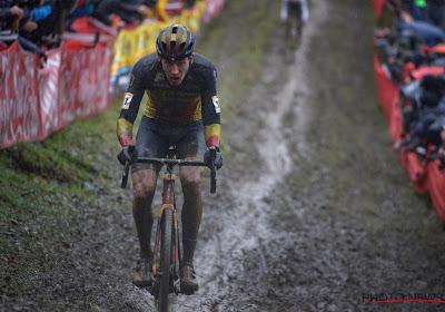 """Toon Aerts aan de start van de Wereldbekermanche in Heusden-Zolder: """"Het kan heel hard tegenslaan"""""""