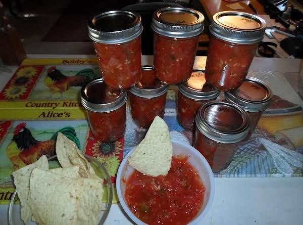 Garden Fresh Salsa - In A Jar Recipe