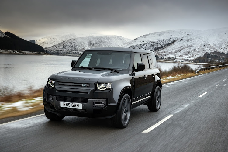 The Defender V8 is scheduled to arrive in SA towards the end of 2021 as the top-of-the range model. Picture: SUPPLIED