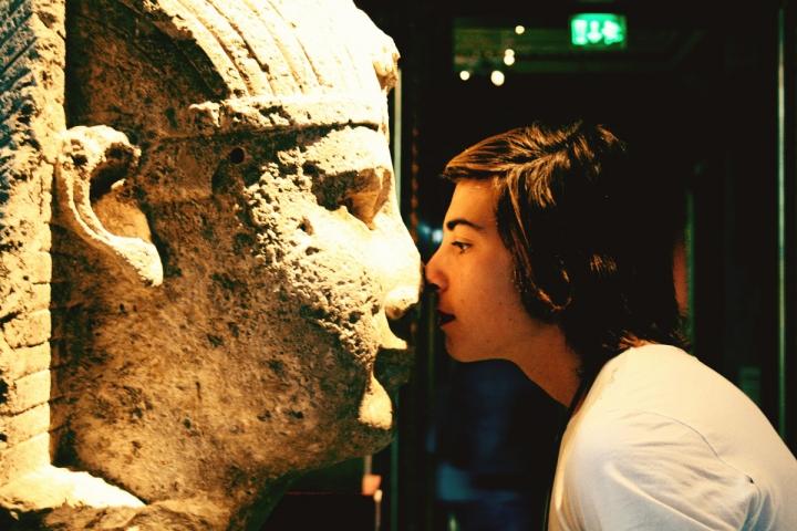 Face to face di Oudemia