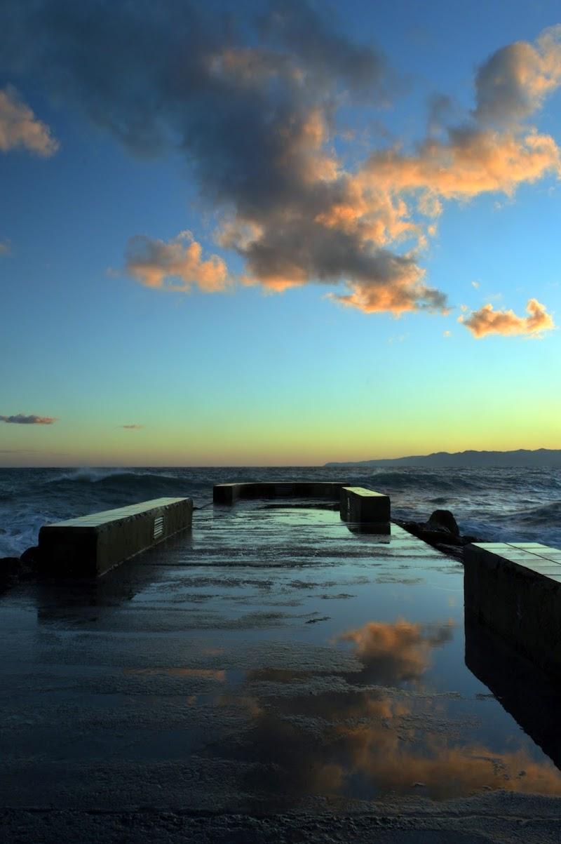 Verso il mare al tramonto  di mtan73
