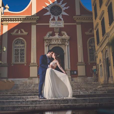 Wedding photographer Dimitris Tourlas (dimitristou). Photo of 12.09.2017