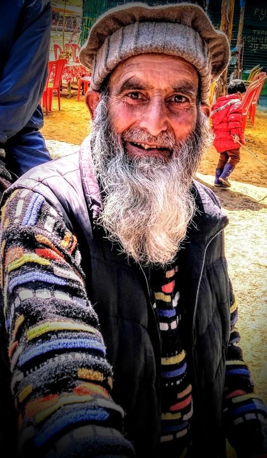 Old Aged man portrait by Subham Kolay - People Portraits of Men ( travel photography, old man, ethnic, potrait, smiles, kashmir, eyes, colorful,  )