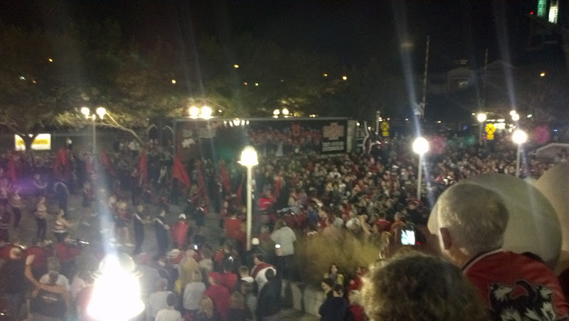 Photo: A StAte pep rally in downtown Mobile