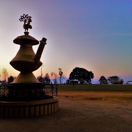 The Kalash statue sunrise by Bishal Ranamagar - Buildings & Architecture Statues & Monuments ( karuwa, palpa, tansen, sunrise )