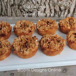Make It Monday- Mini Caramel Pecan Apple Pies.