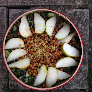 Baharat Roasted Chickpea And Pear Salad