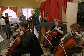 Photo: Идёт репетиция традиционного номера преподавателей и инструкторов.