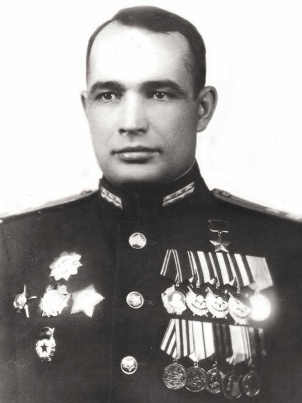 Епанчин Александр Дмитриевич - командир 2 осб 29 осбр 1 уд.А