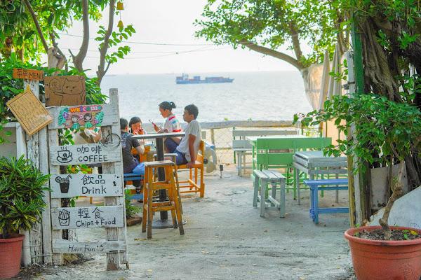 萊加呵 Nine j X魔王 高雄鼓山區 柴山秘境咖啡廳 平價餐點 有山有海有夕陽 內文有店家資訊