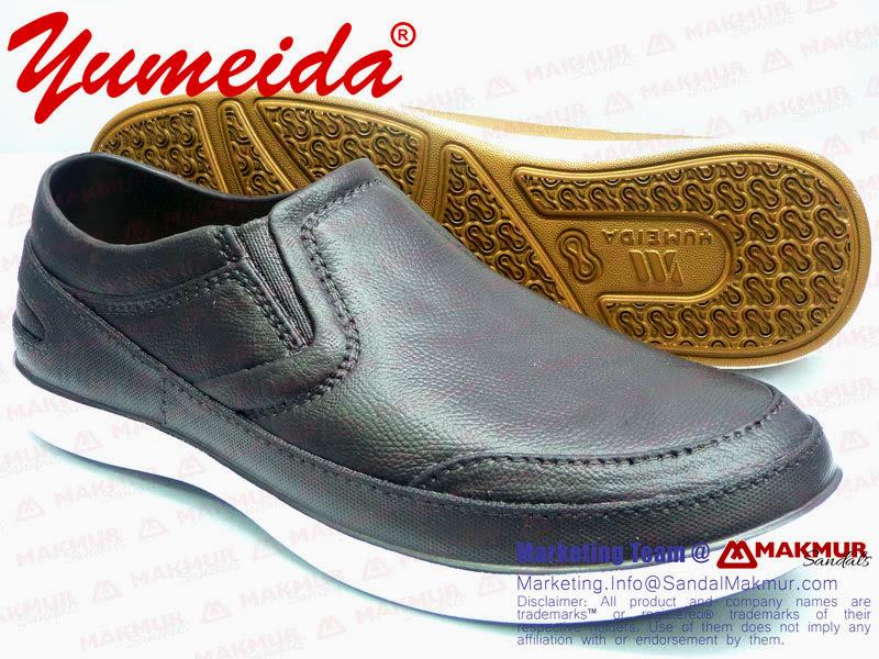 Sepatu pria untuk kantoran