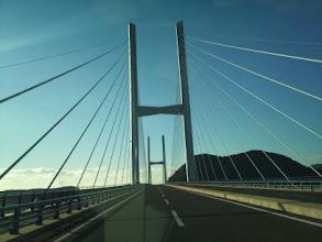 Photo: あとは、道なりに女神大橋を目指して。 橋の通行料が普通車で100円かかりますが、今までの時間と燃費を考えたら激安です!