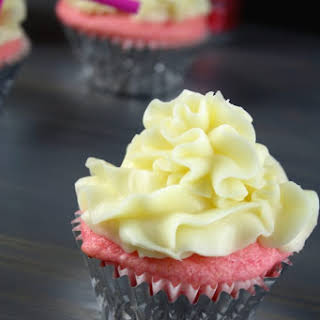 Red Cream Soda Cup Cakes.