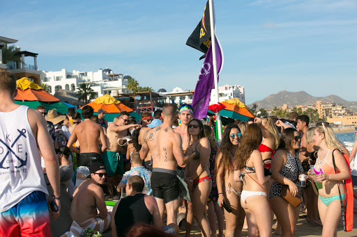 Cabo spring break-6.jpg - The mad scene during Spring Break in Cabo San Lucas.