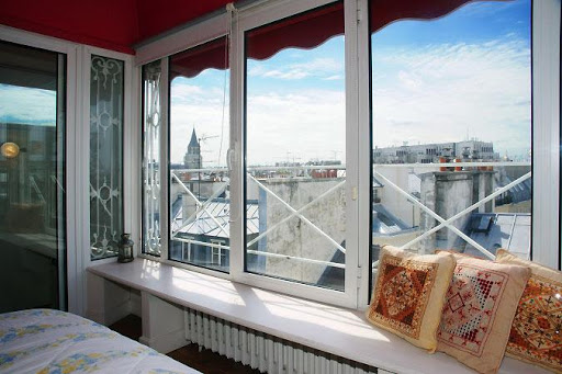 st germain apartment with balcony