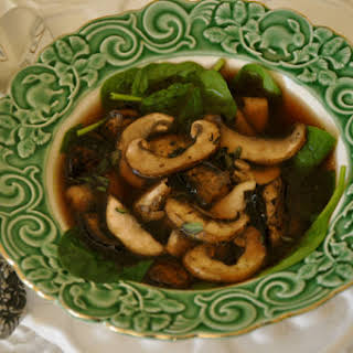 Mushroom & Spinach Soup with Ginger.