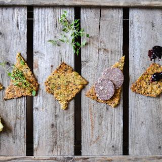 Nordic Crisp Bread with Seeds & Whole Grain Flour