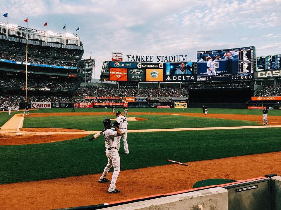 baseball-field-1081692_960_720.jpg