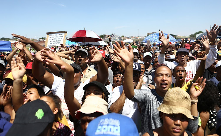 Westbury residents came out to listen to Minister Bheki Cele after the community clashed with the police on Monday resulting in people being arrested.