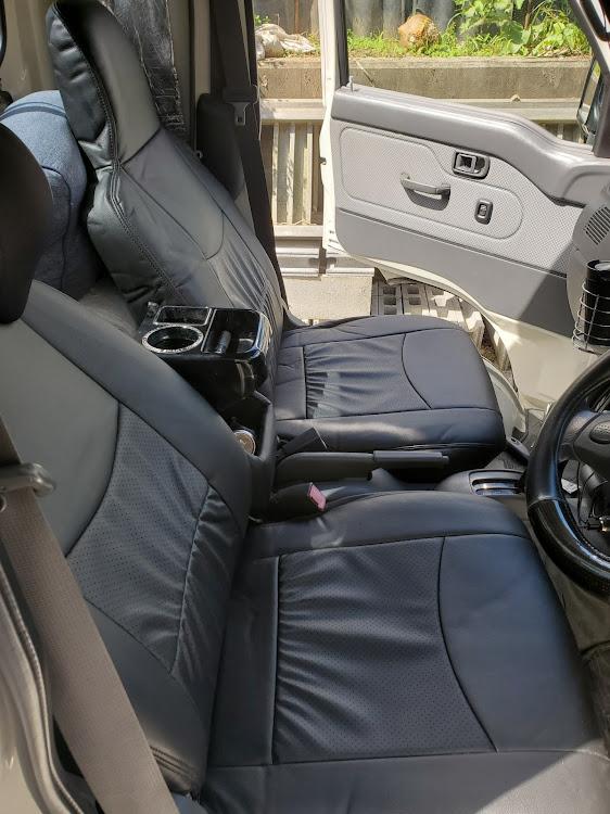 ハイゼットトラック のシートカバー取付に関するカスタム&メンテナンスの投稿画像2枚目