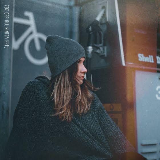 Winter Hats Discount - Instagram Post Template