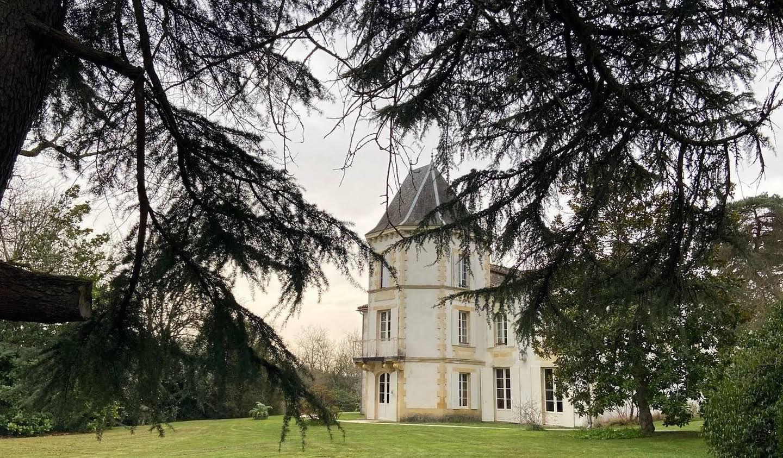 Propriété avec piscine et jardin Libourne