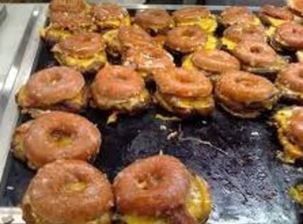 The Donnut Cheese Double Burgers Recipe