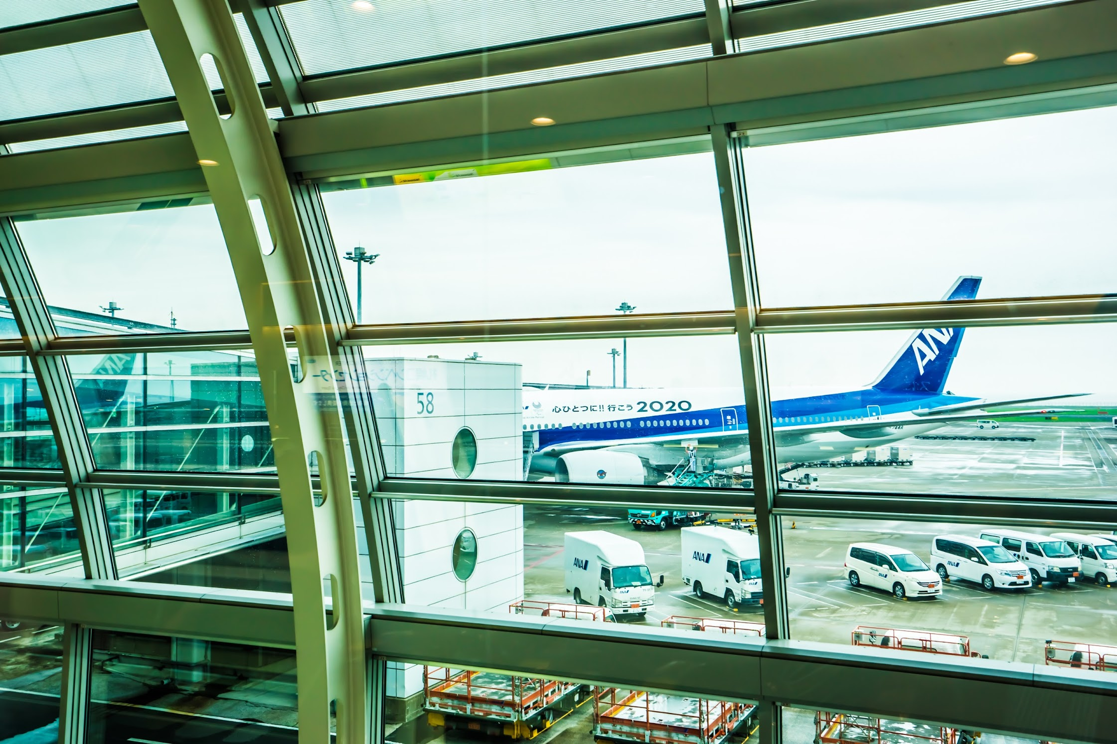 Haneda Airport departure gate2