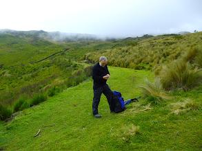 Photo: Positionsbestimmung in der Landschaft war immer nützlich, denn wir landeten häufig im Nebel.
