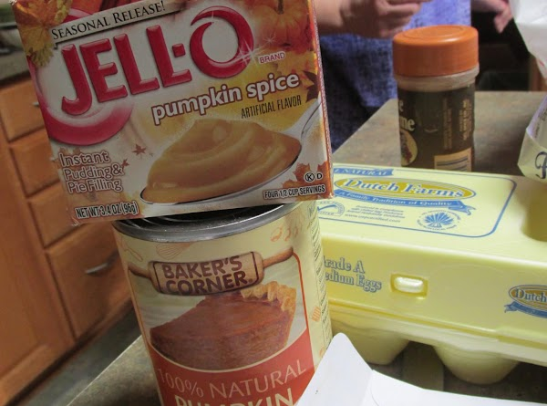 Add about 1/3 of flour mixture to beaten egg/sugar mixture, stir to blend, alternate...
