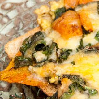 Breakfast Egg with Kale & Carrot.