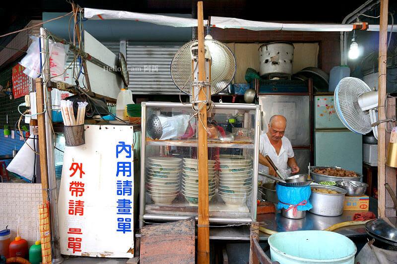 台中西區牛肉麵,百里香牛肉麵-2